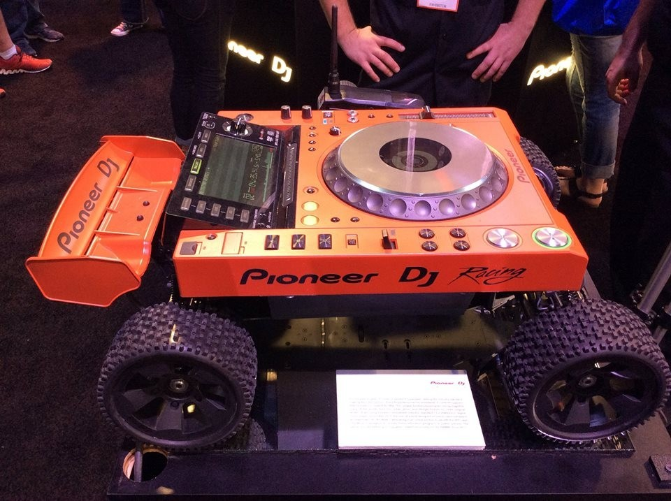 Pioneer DJ Racing :)